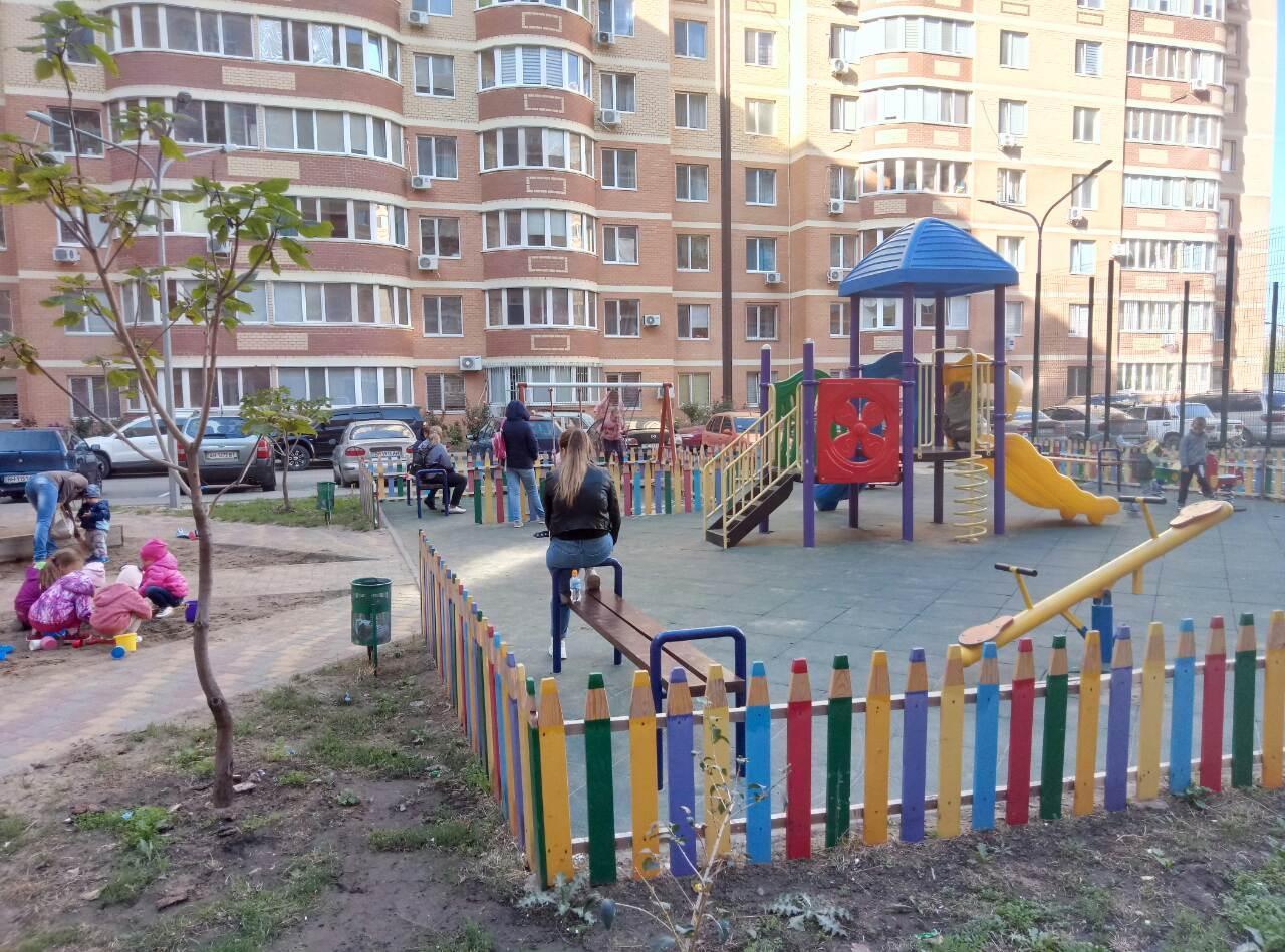 продажа однокомнатной квартиры номер A-149631 в Суворовском районе, фото номер 2